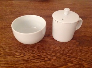 Personal tea taster set made of porcelain